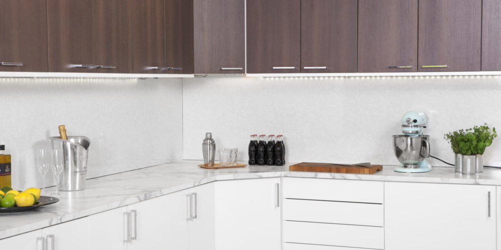 Svedbergs Lackering hjälper er med Lackering av era Köksluckor